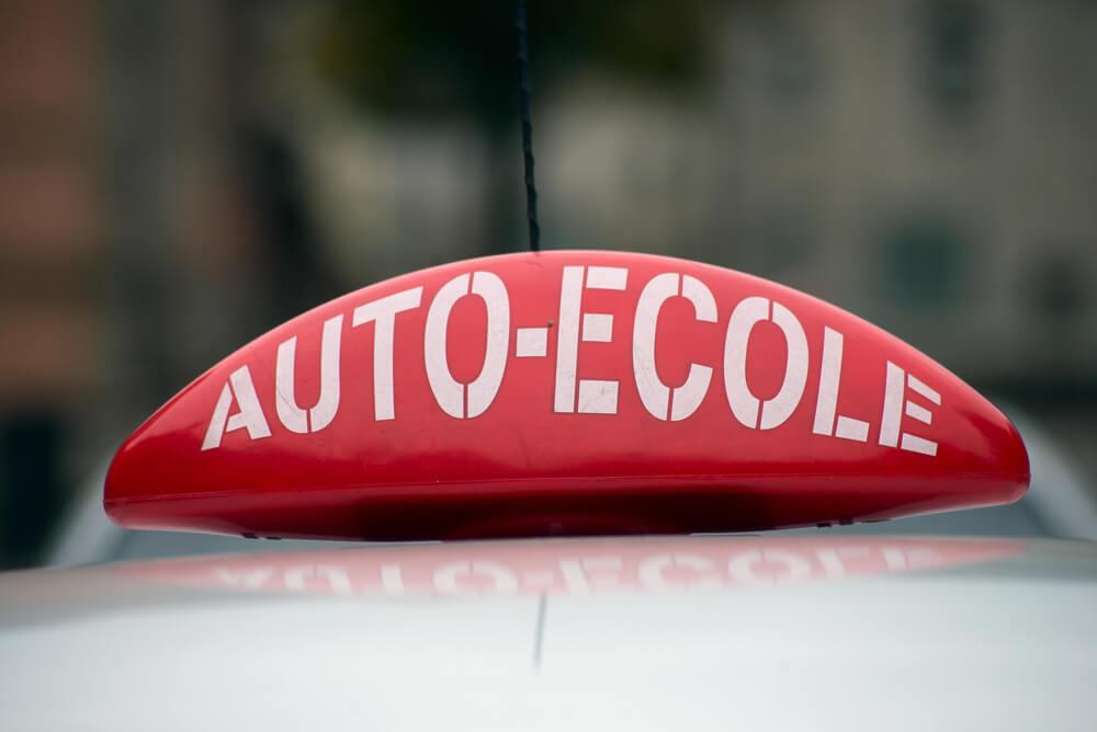 auto-ecole-voiture